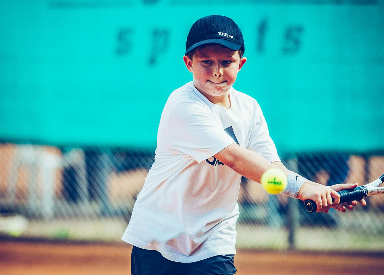 https://www.tennisclub-frankenthal.de/wp-content/uploads/2019/09/kinder-1.jpg